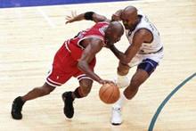 1998年乔丹总决赛绝杀 1998年NBA总决赛公牛vs爵士G6录像回放-麦豆网