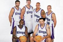 2002年NBA圣诞大战 湖人vs国王全场录像回放-麦豆NBA录像吧